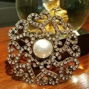 Unique Antique Brooch w hearts & diamonds